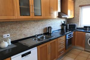 kitchen1.jpeg